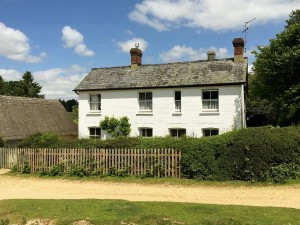 Bacon's Cottage, Hyde let by Owners Direct